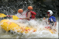 rios tropicales savegre river rafting splash 
