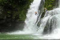 nauyaca waterfalls cliff jump 
