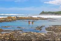 playa pelada tide pool dad and son playing