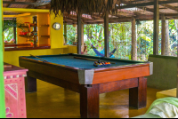 finca exotica pool table