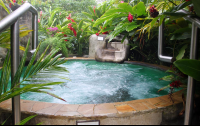 paradise hotsprings hot jacuzzi 