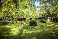 manglares hotel garden with room building