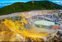 poas main crater 