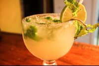 garden fresh mint and ginger mojito