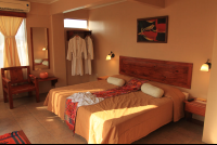 hotel las colinas bed suite 