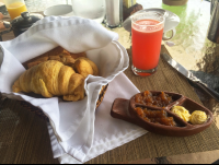 breakfast breadbasket  