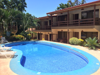pool and rooms hotelpuertocarrillo 