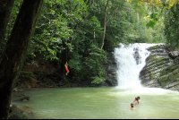 posa azul waterfall rope swing 