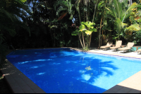 villas lirio pool 