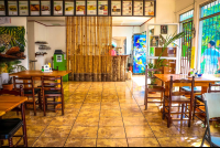 cafe monka inside layout
