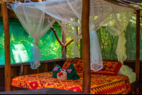 bed at the suite finca exotica carate  - Costa Rica