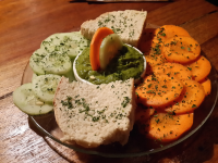 spinach hummus bread carrot cucumber 