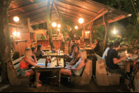 customers at casa del mar restaurant