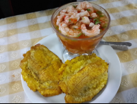 shrimp ceviche with patacones at perla de sur restaurant