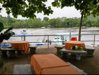 perla del sur resturant riverbank view