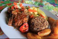 miss junies restaurant carribbean stewed chicken 