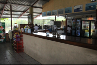 la perla del sur restaurant counter