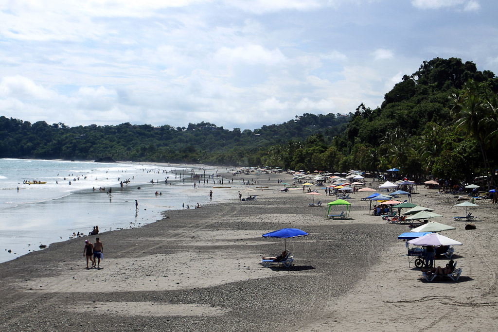 things to do manuel antonio beach lounging 