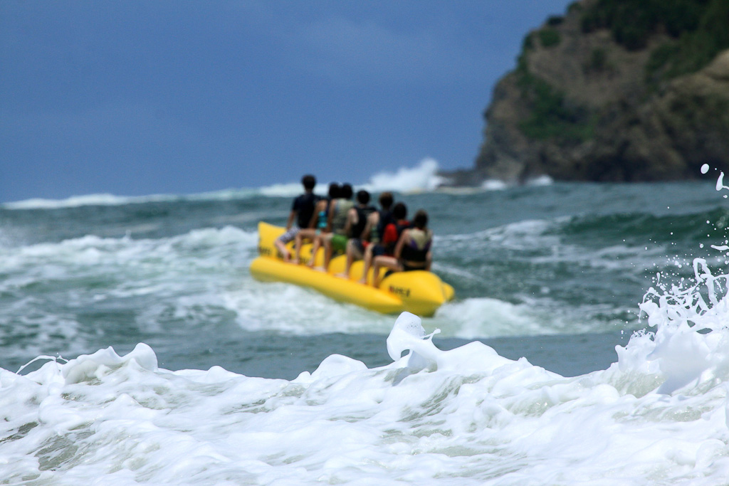 things to do manuel antonio beach banaboat 