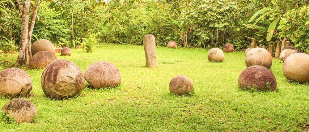 finca  recycle confisgated stone spheres