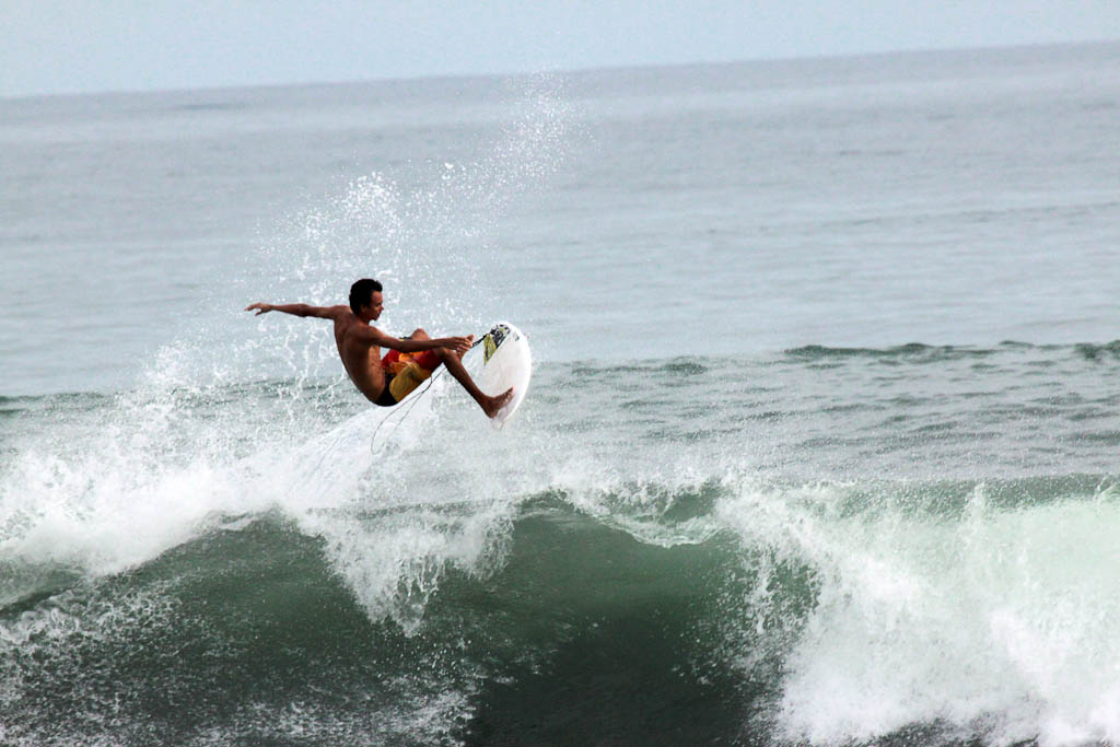 hermosa surf contest air 