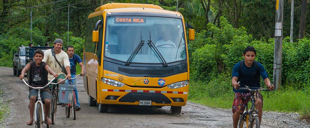 bus playa cocles   - Costa Rica