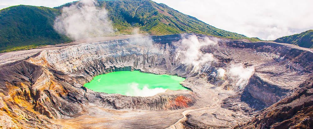 crater poas volcano  national park