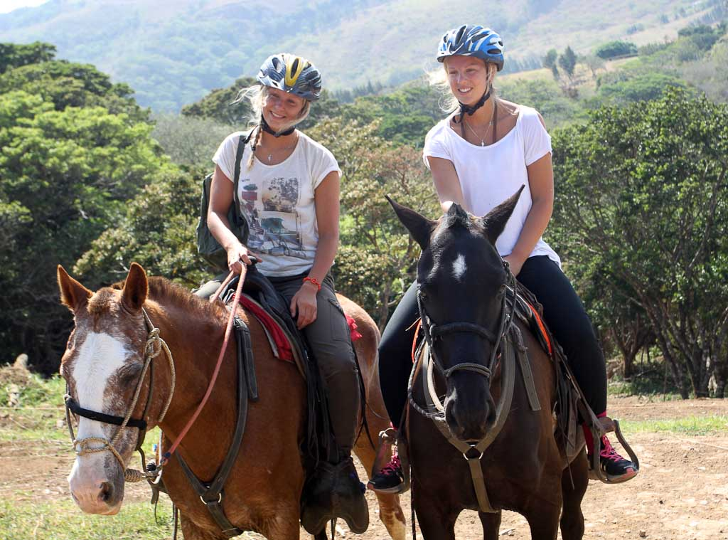 horsetrek monteverde swedish girls 