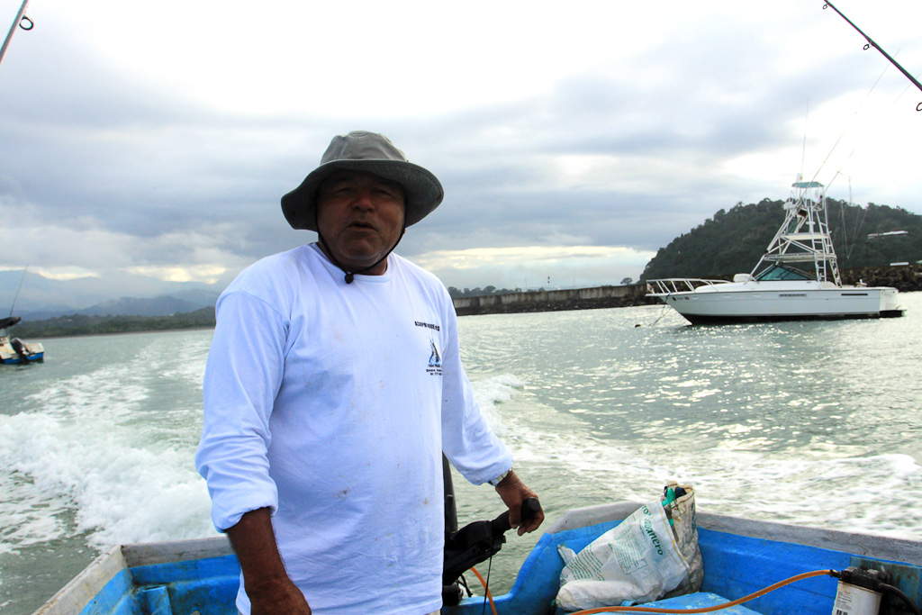 in shore fishing manuel antonio captain 