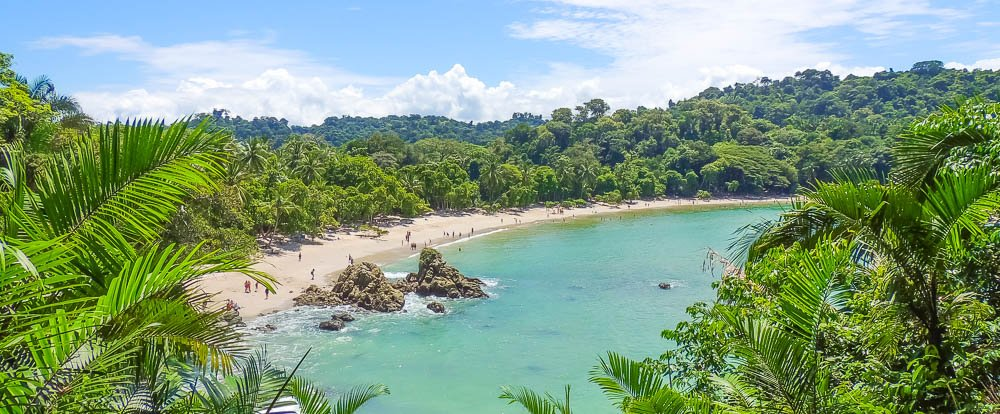 manuel antonio national park attraction white sand beach 
