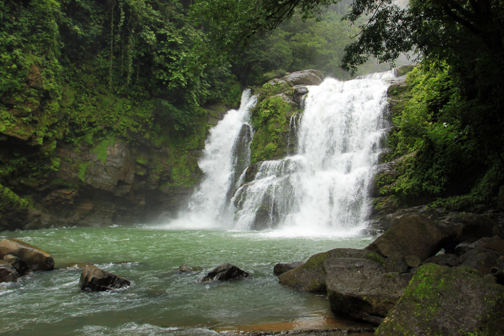 dominical in pictures nauyaca falls 