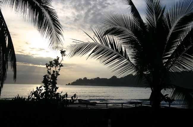 sunrise beach playa bonita limon
