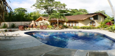 Beach Front House with 3 Bedrooms Ref: 0055 - Costa Rica