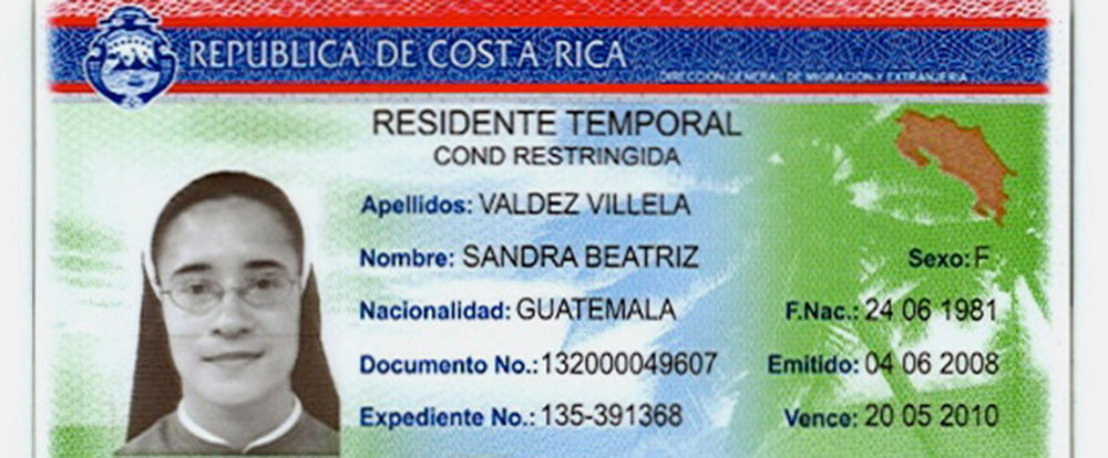 residency card example   - Costa Rica